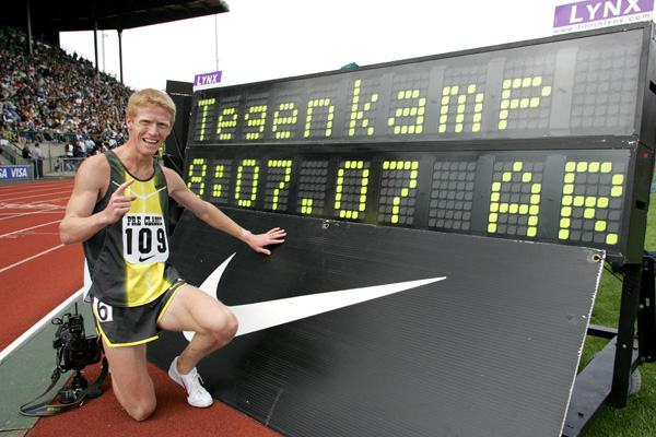 Teg set the American 2-mile record of 8:07.07 at the 2007 Prefontaine Classic. Photo by Victah Sailer/PhotoRun.